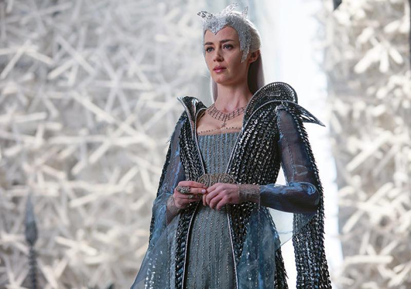 Emily Blunt en el papel de Freya