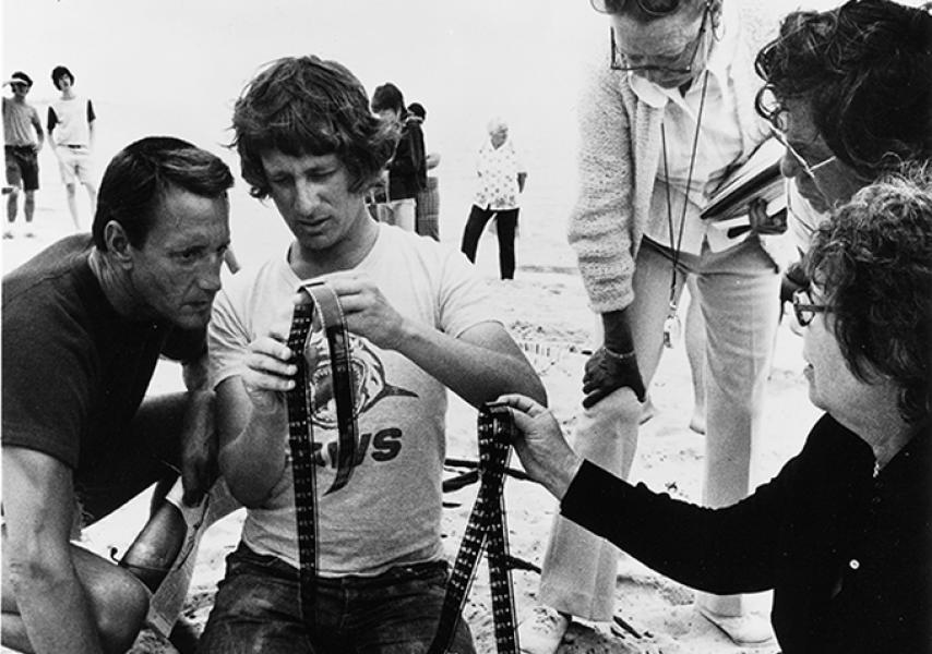 Roy Scheider junto a Steven Spielberg en el rodaje de Tiburón