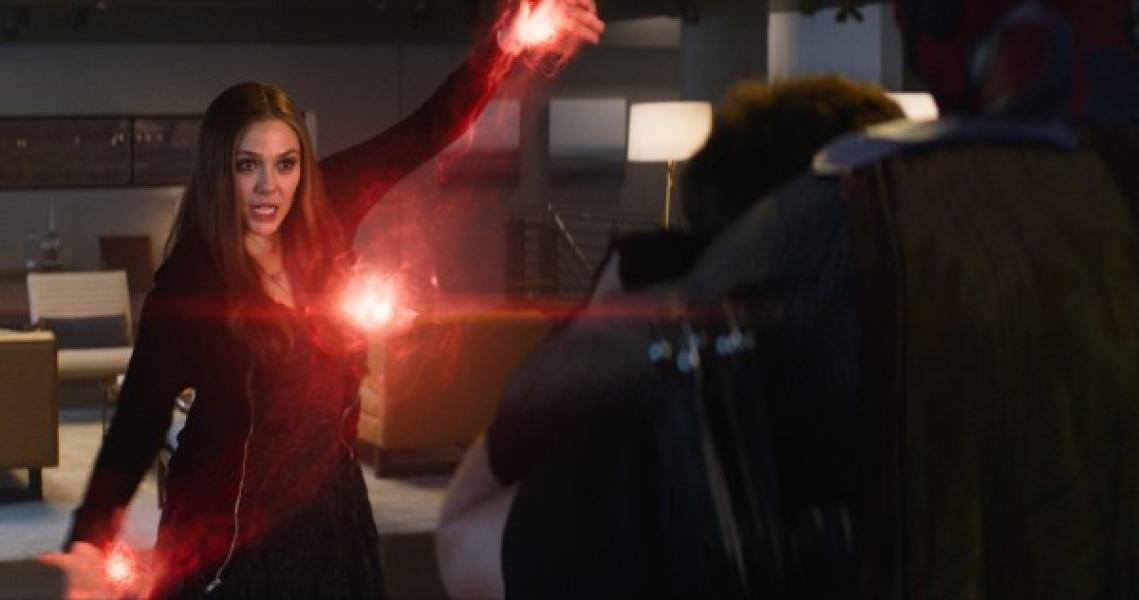 Scarlet Witch en acción