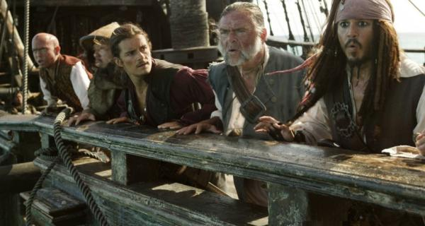 Pirates of the Caribbean: At World's End Official Trailer